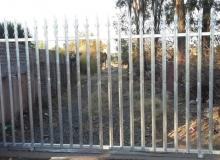 palisade gate installation bromhof